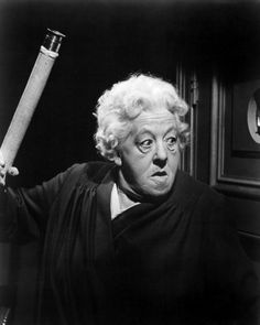 Margaret Rutherford as Miss Marple.while I prefer Joan Hickson's portrayals, I simply ADORE the few films Margaret did as Miss Marple.she was such a treasure.I could watch them for hours. She was all wrong but perfect at the same time. Agatha Christie, Margaret Rutherford, Best Mysteries, Murder Mysteries, British Comedy, British Actors, British Actresses, Mrs Marple, Detective