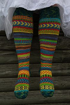 Rock the Party knee socks Knitting pattern by Trisha Paetsch Crochet Socks, Knitting Socks, Hand Knitting, Knit Crochet, Knitting Patterns, Crochet Patterns, Fair Isle Knitting, Knee Socks, Knitting Projects