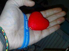 """"""" Przekaż jak na dłoni swoje serce innym - pomagaj! """"  fot. Daria Gabryel"""