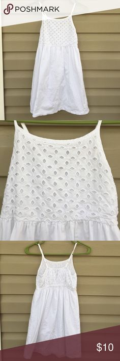 Old Navy girls white sleeveless dress Very cute sleeveless dress, completely lined, eyelet top front, elastic in top back , adjustable straps.100% cotton, no snags, stains or holes Old Navy Dresses Casual