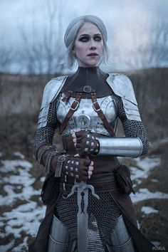 All things related to The Witcher. Larp, Female Armor, Female Knight, Lady Knight, Armadura Medieval, Character Outfits, Character Art, Character Design, Warrior Queen
