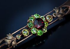 Hey, I found this really awesome Etsy listing at https://www.etsy.com/listing/230112387/vintage-art-deco-russian-demantoid