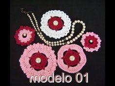 MOTIVOS FLORAIS EM CROCHE MODELO 01