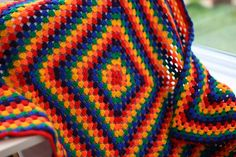 rainbow granny square blanket / so pretty, wish I could do this