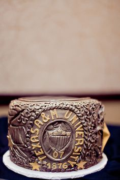 Love this Aggie Ring grooms cake!