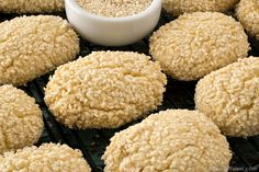 Italian Sesame Seed Cookies are the perfect sweet treat to serve with a cup of coffee or espresso. Italian Sesame Seed Cookies, Sesame Cookies, Italian Cookies, Italian Cookie Recipes, Sicilian Recipes, Greek Recipes, Anniversary Cookies, Wedding Anniversary, Greek Cookies