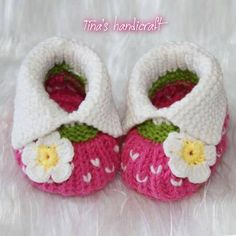 slippers/girls shoes/ gift ideas/ babies di TinasHandicraftGr
