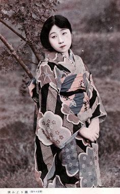 Ushio Midori (潮みどり) actress in Katei to engei 家庭と演藝 movie magazine - Nikkatsu 日活 - June 1924
