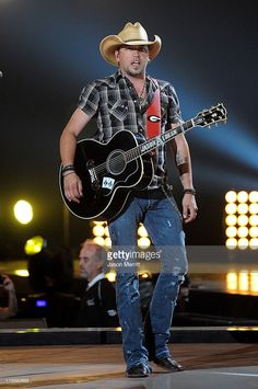 Musician Jason Aldean performs on stage at the 2011 CMT Music Awards at the Bridgestone Arena on June 8, 2011 in Nashville, Tennessee.