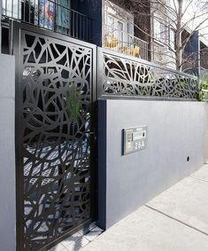19 Stunning modern gate design ideas - Local Home US - Home Improvement Front Gate Design, Steel Gate Design, House Gate Design, Main Gate Design, Door Gate Design, Gate House, Fence Design, Front Gates, Entrance Gates