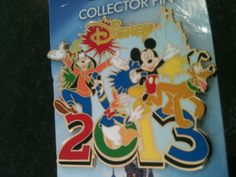 Walt Disney Pin Mickey Mouse Pluto Goofy Donald Duck 2013 Large MINT ON CARD NEW