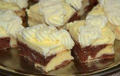 Excellent dessert with vanilla cream and whipped cream with mascarpone. Czech Desserts, Romanian Desserts, Baking Recipes, Dessert Recipes, Fudge, Finger Desserts, Czech Recipes, No Bake Pies, Sweet Tarts