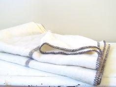 Vintage Canadian Wool Throw Blanket in Cream and by NapaVintage