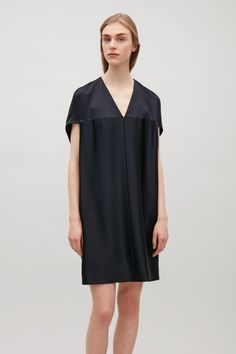 COS | Oversized v-neck dress