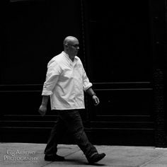 Chicago #streetphotography #vintagelens #fujifilm #monochrome #contrasty