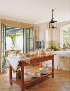 Décor de Provence: A Beautiful House...