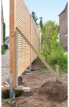 3 Top Cool Tips: Front Yard Fence Cinder Blocks pallet fence decorative.How To Build A Privacy Fence modern fence topper.Black Fence Grey Shed. Wood Privacy Fence, Diy Fence, Backyard Fences, Garden Fencing, Backyard Landscaping, Fence Ideas, Pergola Ideas, Carport Ideas, Carport Designs