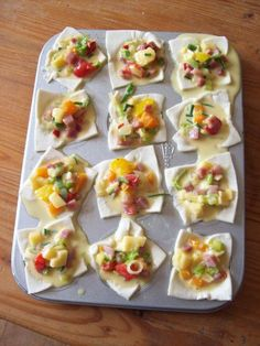 Mini Quiches, Party Finger Foods, Party Snacks, Quiche Muffins, Easy Quiche, Mini Pizza, Tea Cakes, Tasty Dishes, Food To Make