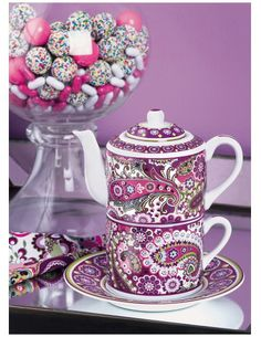 VERA BRADLEY VERY BERRY PORCELAIN LIDDED MUG & TEAPOT FOR ONE