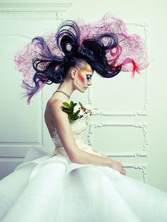 Best Huge Avant Garde Hair Styles That Are Absolutely Sensational – ZygoStyle Creative Hairstyles, Up Hairstyles, Crazy Hair, Big Hair, Peinado Updo, Avant Garde Hair, Corte Y Color, Editorial Hair, Fantasy Hair