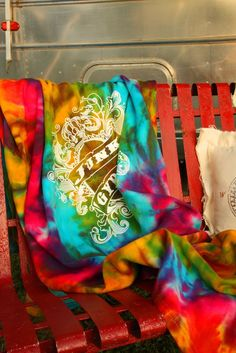 GYPSY TIE-DYE BLANKET - Junk GYpSy co.
