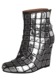 Mein Schuh, die Discokugel