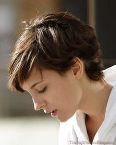 15 Pixie Cuts for Thick Hair |