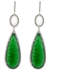 Jades, praziolitas e diamantes: é um pouquinho de Brasil.