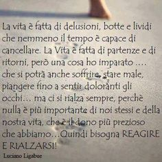 ligabue amore Freedom Life, Italian Quotes, Quotes About Everything, My Values, My Mood, True Words, Sentences, The Dreamers, Favorite Quotes