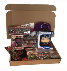 Avengers : Age of Ultron Mystery Box - full of Avengers Goodies!