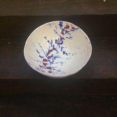 Hand-built terracotta bowl with white glaze and oxides decoration. Terracotta, Stoneware, Glaze, Decorative Plates, Pottery, Ceramics, Decoration, Beautiful, Home Decor