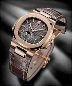 Patek Philippe Nautilus in rose gold. the best (and attainable) patek ever designed. Patek Philippe Nautilus in rose gold. the best (and attainable) patek ever designed. Amazing Watches, Beautiful Watches, Cool Watches, Rolex Watches, Patek Philippe Nautilus, Der Gentleman, Swiss Army Watches, Expensive Watches, Fine Watches