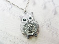 intricate silver owl necklace