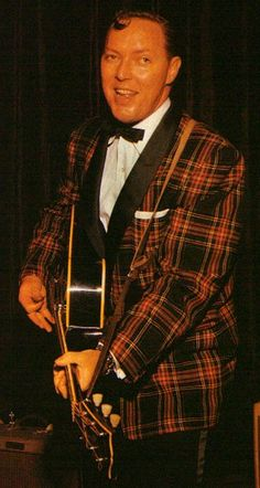 Bill Haley (of Bill Haley and the Comets/Rock around the Clock fame).born in He's credited with many 'firsts' in Rock and Roll history. He passed in 1981 at age Rock Roll, 1950s Rock And Roll, Classic Rock And Roll, Rock N Roll Music, 50s Music, Make Mine Music, Famous Legends, Rock And Roll History, Bill Haley