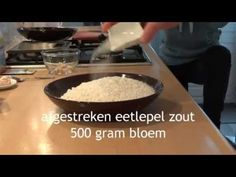 Volkorenbrood (Whole meal bread) - YouTube