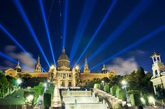 Magic fountain of Montjuic, Barcelona, Spain Barcelona Tourism, Barcelona Hotels, Barcelona Spain, Magic Fountain, Barcelona Apartment, Travel Information, Adventure Travel, Places To See, Beautiful Places