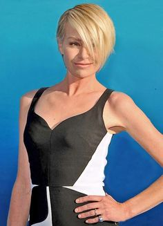 """Get the Look: Portia de Rossi's Faux Bangs -   Portia de Rossi attended the """"Finding Dory"""" premiere rocking an edgy faux-bang with slicked back sides. Here's how to copy her look.  Yahoo Beauty  http://tvseriesfullepisodes.com/index.php/2016/06/09/get-the-look-portia-de-rossis-faux-bangs/"""