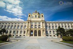 natural-nistory-museum-maria-theresien-platz-vienna Louvre, Museum, Natural, Building, Travel, Vienna, House, Viajes, Buildings