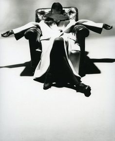 By Nick Knight. Yohji Yamamoto, Fall/Winter 1988