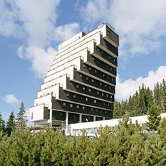 Hotel Panorama Štrbské Pleso Zdenek Řihák 1965-1970 Bratislava, Brutalist, Eastern Europe, Skyscraper, Multi Story Building, Wood, Skyscrapers, Woodwind Instrument, Timber Wood