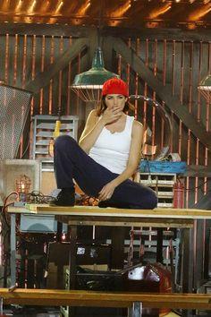 "Watch Jenna Dewan Tatum Ride Channing Tatum's ""Pony"" on Lip Sync Battle"