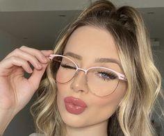 Clear Glasses Frames Women, Cute Glasses Frames, Nice Glasses, Glasses Outfit, Fashion Eye Glasses, Cheap Eyeglasses, Eyeglasses For Women, Glasses Trends, Lunette Style