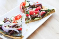 The Rawtarian: Raw almond pulp pizza crust recipe- Things to do with almond milk making leftovers Vegan Pizza Recipe, Raw Vegan Recipes, Almond Recipes, Pizza Recipes, Diet Recipes, Healthy Recipes, Healthy Meals, Vegan Meals, Vegan Desserts