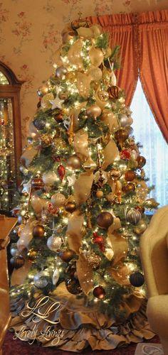Lovely Livings Christmas Tree