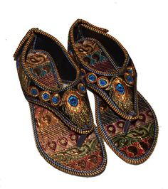 f4966a72334 US SIZE 9 WOMENS FLIP-FLOP JUTTI KHUSSA EMBROIDERY RAJASTHANI PARTY WEAR  SANDAL  fashion  clothing  shoes  accessories  womensshoes  sandals (ebay  link)
