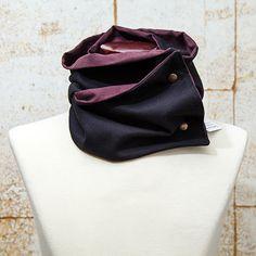 Roland Card Case, Wallet, Fashion, Slip On, Elegant, Hipster Stuff, Moda, Fashion Styles, Fashion Illustrations