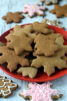 Miękkie pierniczki – Smaki na talerzu Food Cakes, Christmas Baking, Christmas Recipes, Gingerbread Cookies, Cake Recipes, Food And Drink, Tasty, Cooking, Desserts