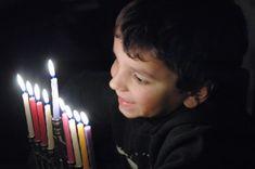 5 Hanukkah Traditions from Punchbowl hanukkahtraditions Feliz Hanukkah, Hanukkah Gifts, Happy Hanukkah, Hanukkah Traditions, Beach Gardens, Festival Lights, Beach Club, Holiday Fun, Birthday Candles