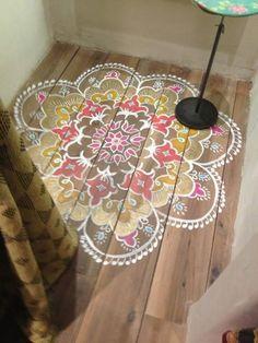 floor motif- Instead of rug in living room or dining room