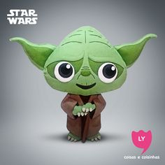 Yoda é um personagem fictício no universo de Star Wars, criado por George Lucas… Felt Finger Puppets, Star Wars Christmas, Star Wars Merchandise, Felt Baby, Star Wars Characters, Sewing Toys, Felt Toys, Felt Animals, Patterns